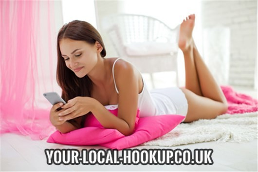 Local hookup online - The easy alternative?